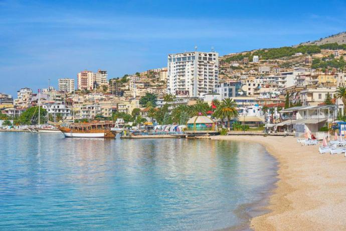 მოგზაურობა და ფულის დაბანდება ალბანეთში