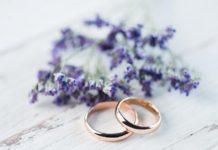 რა უნდა გააკეთოთ, თუ ბეჭედი ქორწილის დღეს იატაკზე დაეცემა. საქორწინო ბეჭედთან დაკავშირებული აბსოლუტურად ყველა ნიშანნი